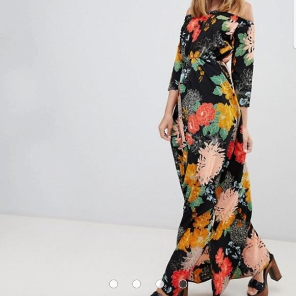 Glamorous Dresses & Skirts - NWT Off the Shoulder Maxi Dress